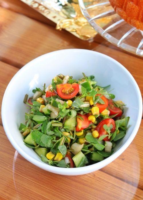 semizotu salatası nasıl yapılır