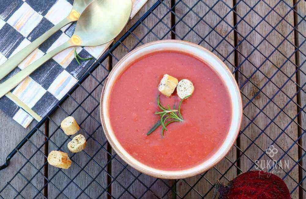 kırmızı pancar çorbası nasıl yapılır